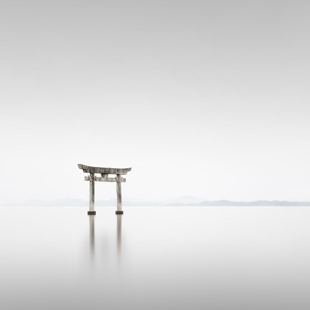 Torii Einootsurugi | Japan - fotokunst von Ronny Behnert