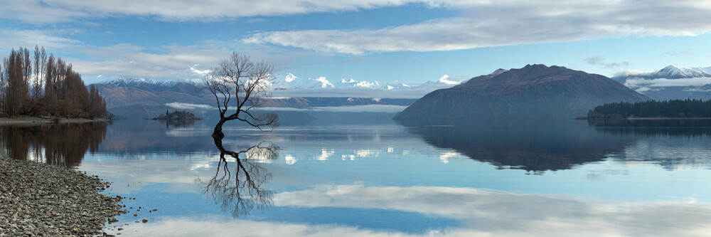 Lake Wanaka, Neuseeland - fotokunst von Sebastian Warneke