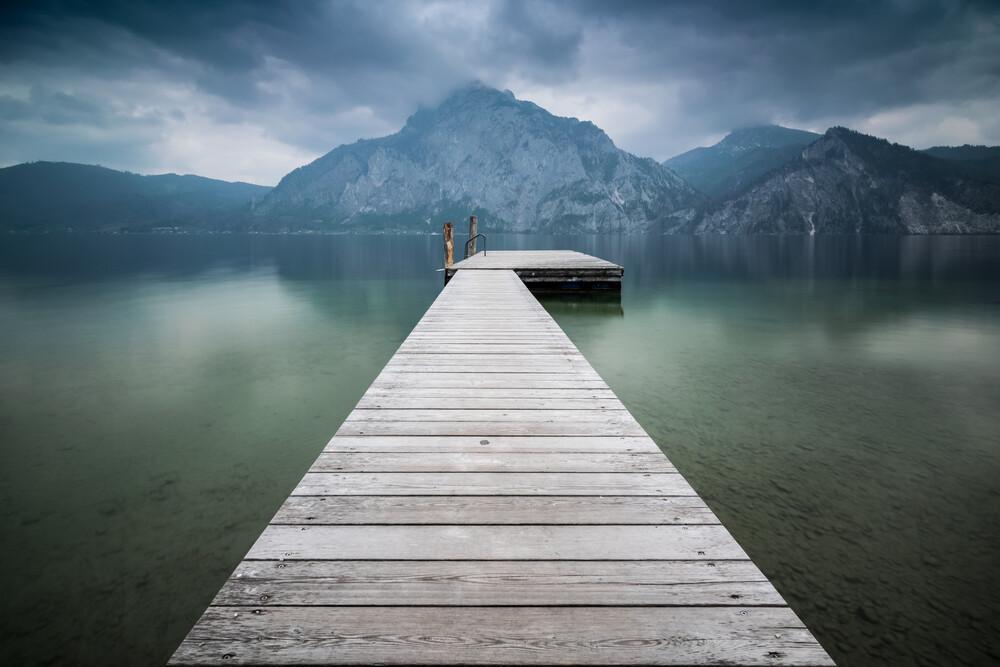Steg am Traunsee - fotokunst von Martin Wasilewski