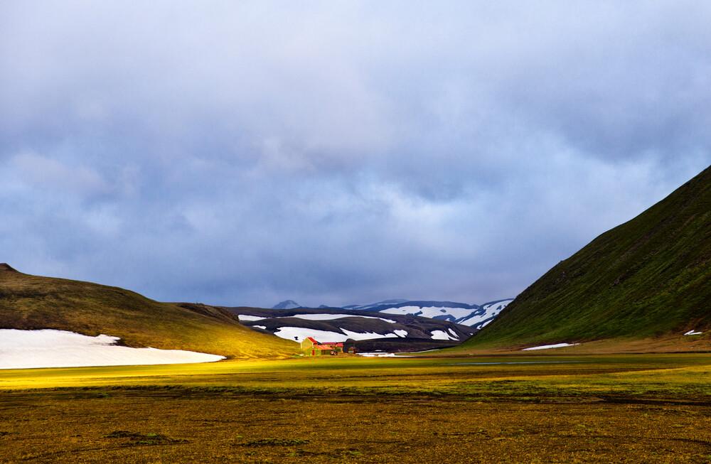 Beautiful, mysterious Iceland - fotokunst von Victoria Knobloch