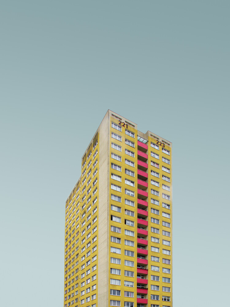 BLN MRZ 12 - Fineart photography by Simone Hutsch