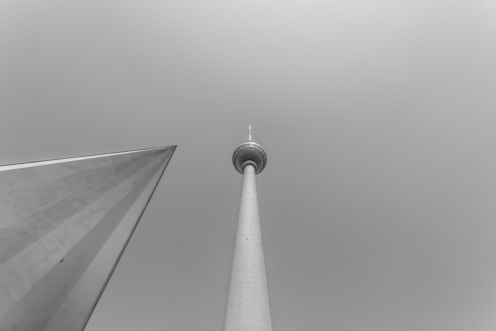 Berliner Fernsehturm 1 - fotokunst von Sebastian Rost