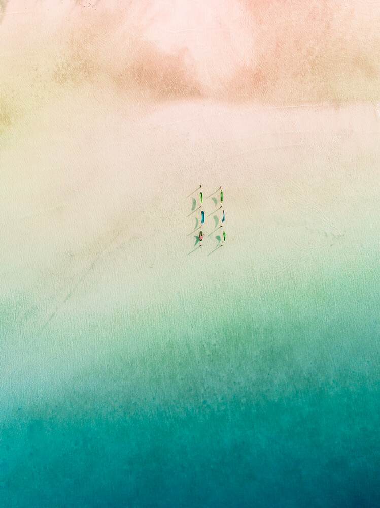 Relax among gradients - Fineart photography by Laura Zimmermann