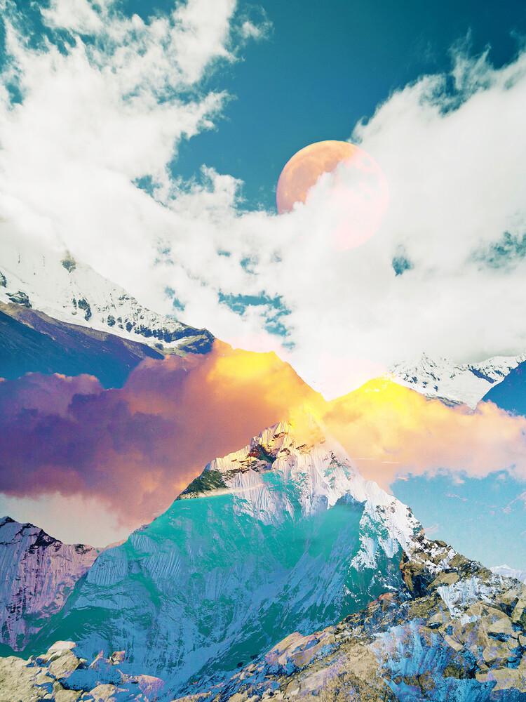 Dreaming Mountains - fotokunst von Uma Gokhale