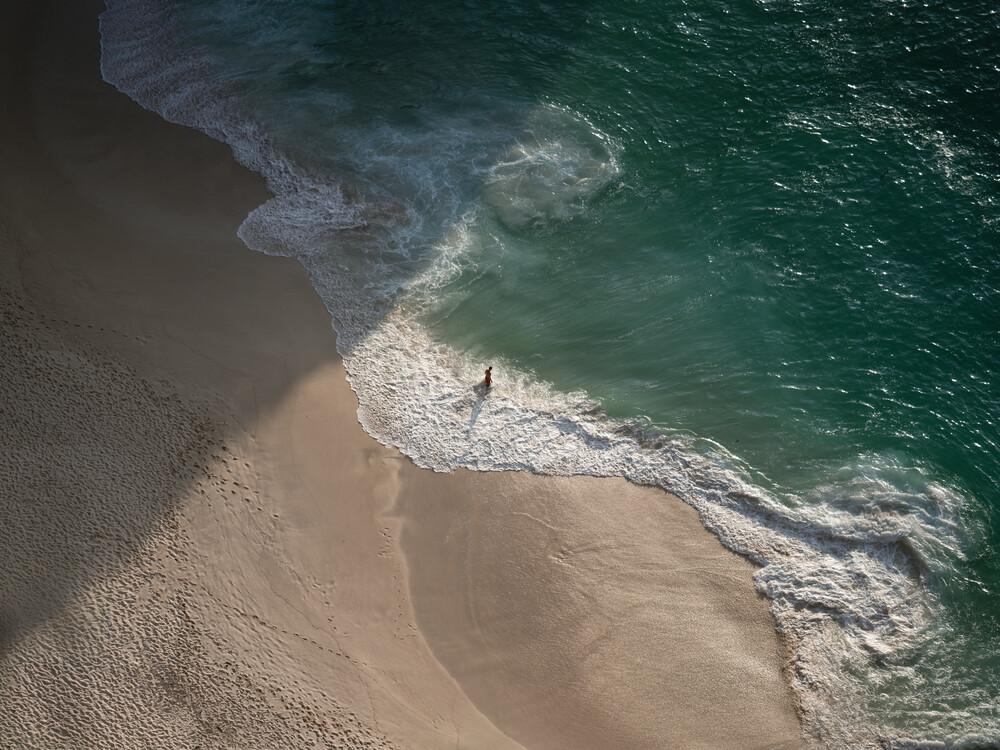 Kelingking Beach - fotokunst von Jonas Hafner