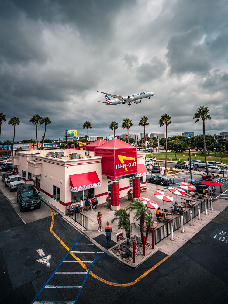 in n out - Fineart photography by Dimitri Luft