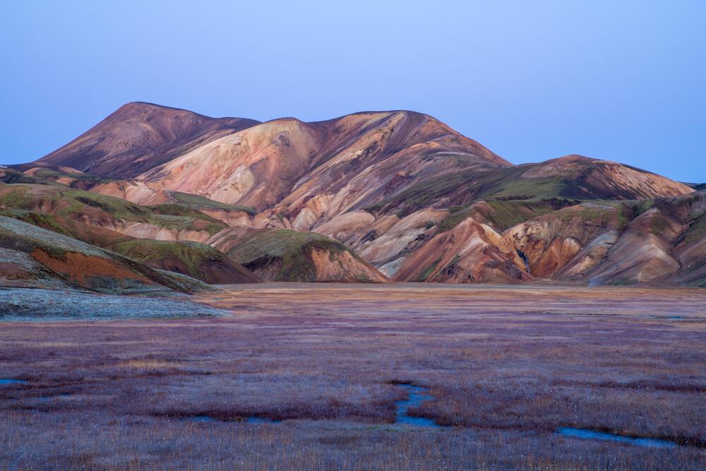 Bunte Berge von Island - fotokunst von Franz Sussbauer