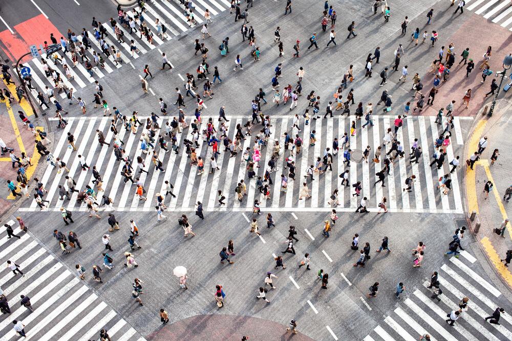 Shibuya in Tokio Japan - fotokunst von Jan Becke