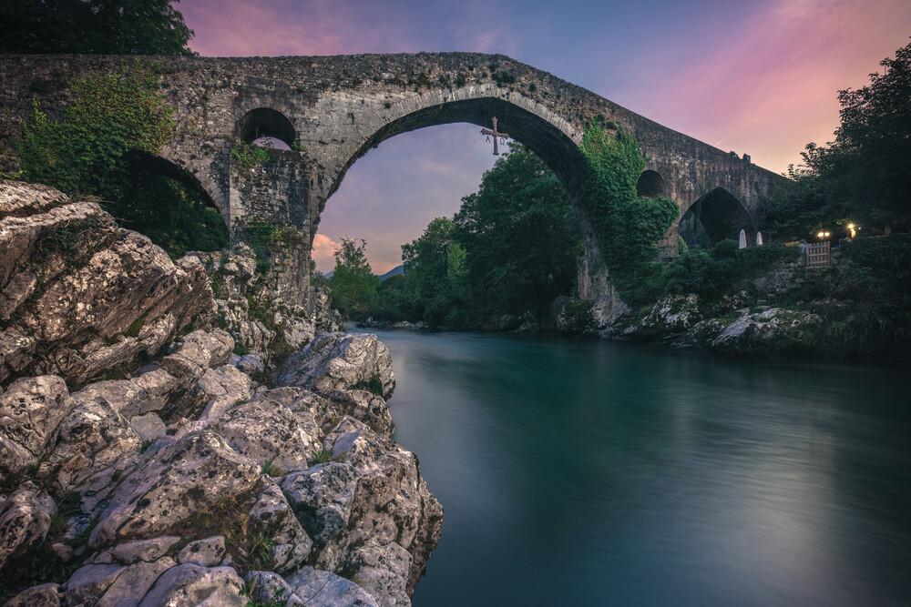 Asturien Canag de Onis - fotokunst von Jean Claude Castor