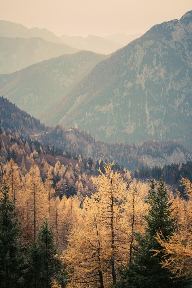 Let's away ... Blick vom Vršičpass in Slowenien - fotokunst von Eva Stadler