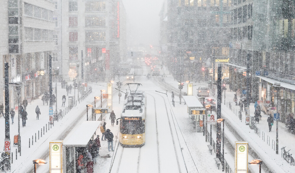 Berlin Winter Rush Hour - Fineart photography by Matthias Makarinus