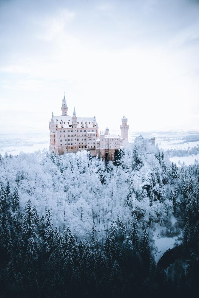Neuschwanstein Castle in winter - fotokunst von Nathaël Labat