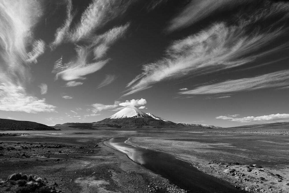 Parinacota - fotokunst von Mathias Becker