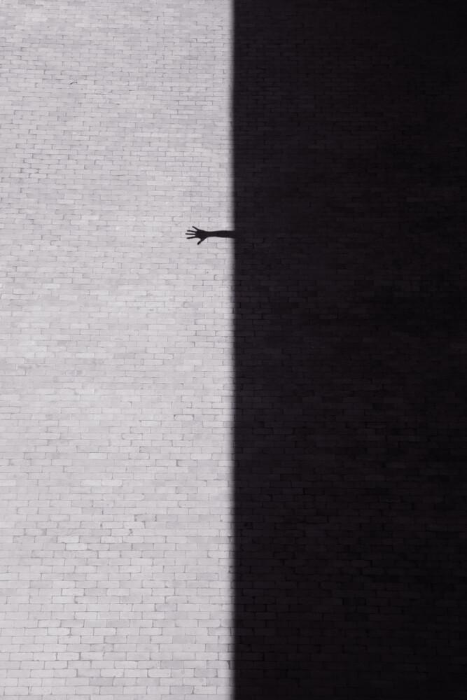Reach Out - fotokunst von Rupert Höller