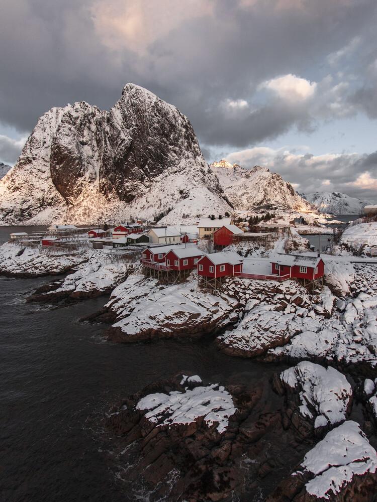 Reine, Lofoten - fotokunst von Frida Berg