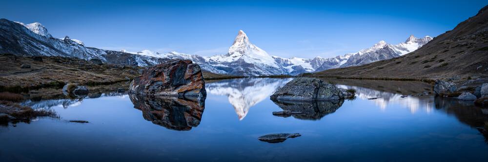 Stellisee und Matterhorn im Winter - fotokunst von Jan Becke