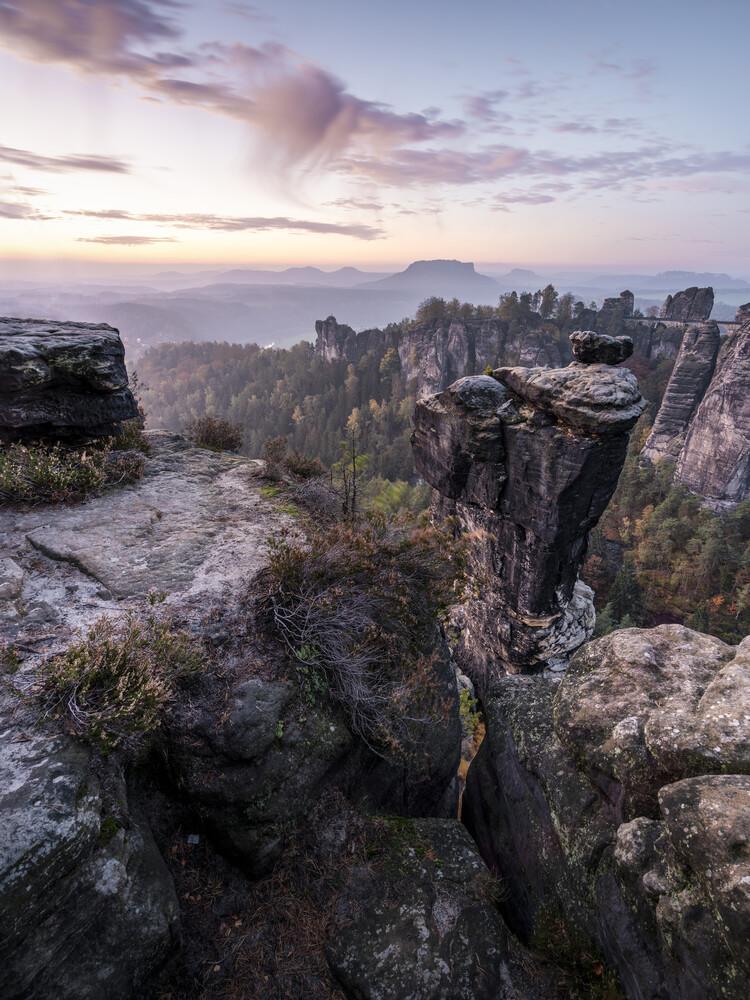 Wehlnadel mit Basteiaussicht - Elbsandsteingebirge - Sächsische Schweiz - Fineart photography by Ronny Behnert