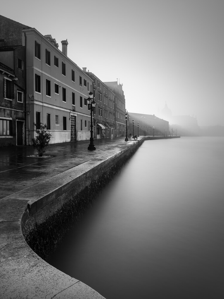 Giudecca Venedig - fotokunst von Ronny Behnert