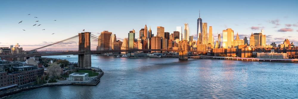 Brooklyn Bridge in New York City - Fineart photography by Jan Becke