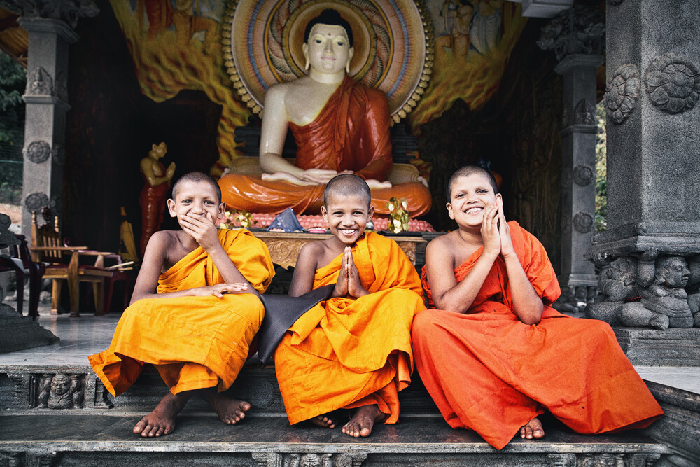 Happy little buddhas - fotokunst von Victoria Knobloch