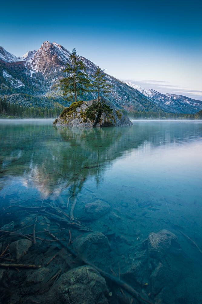 Morgenstund im Alpenland - fotokunst von Martin Wasilewski