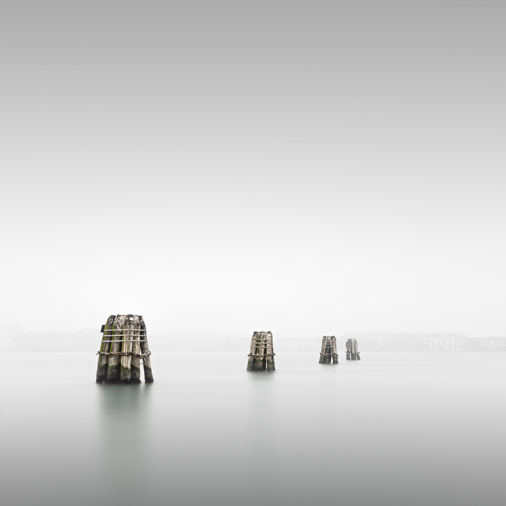 Guardia   Venedig - fotokunst von Ronny Behnert