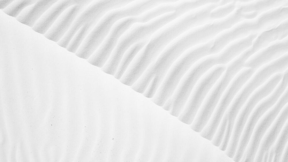 dune pattern - Fineart photography by Leander Nardin