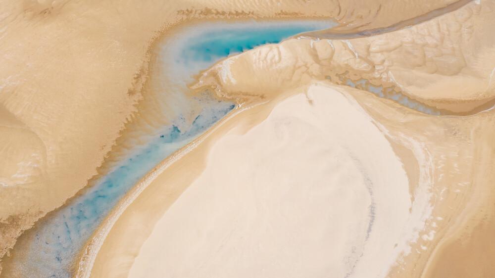 turquoise lake - fotokunst von Leander Nardin