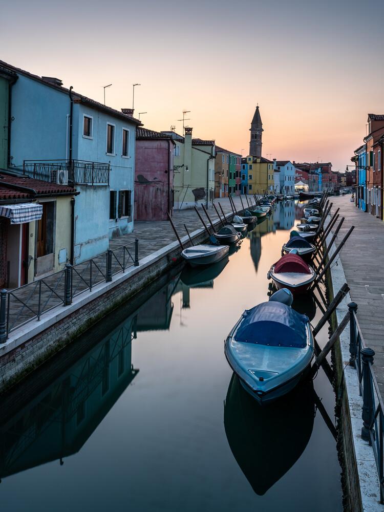 Sonnenaufgang auf Burano | Venetien - Fineart photography by Ronny Behnert