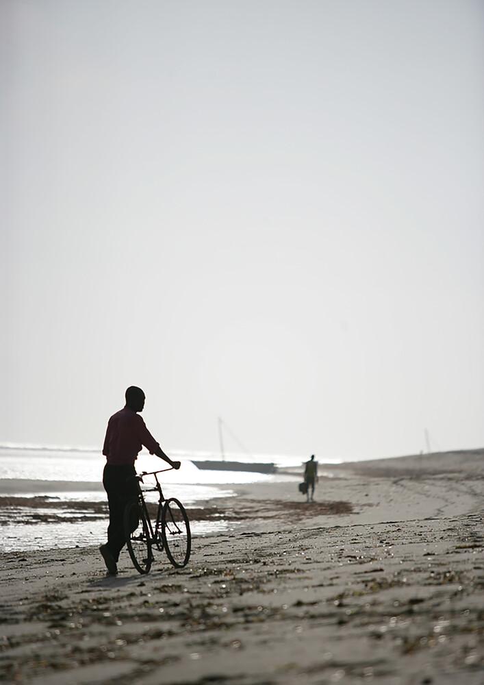 Bike Boy - fotokunst von Shot by Clint