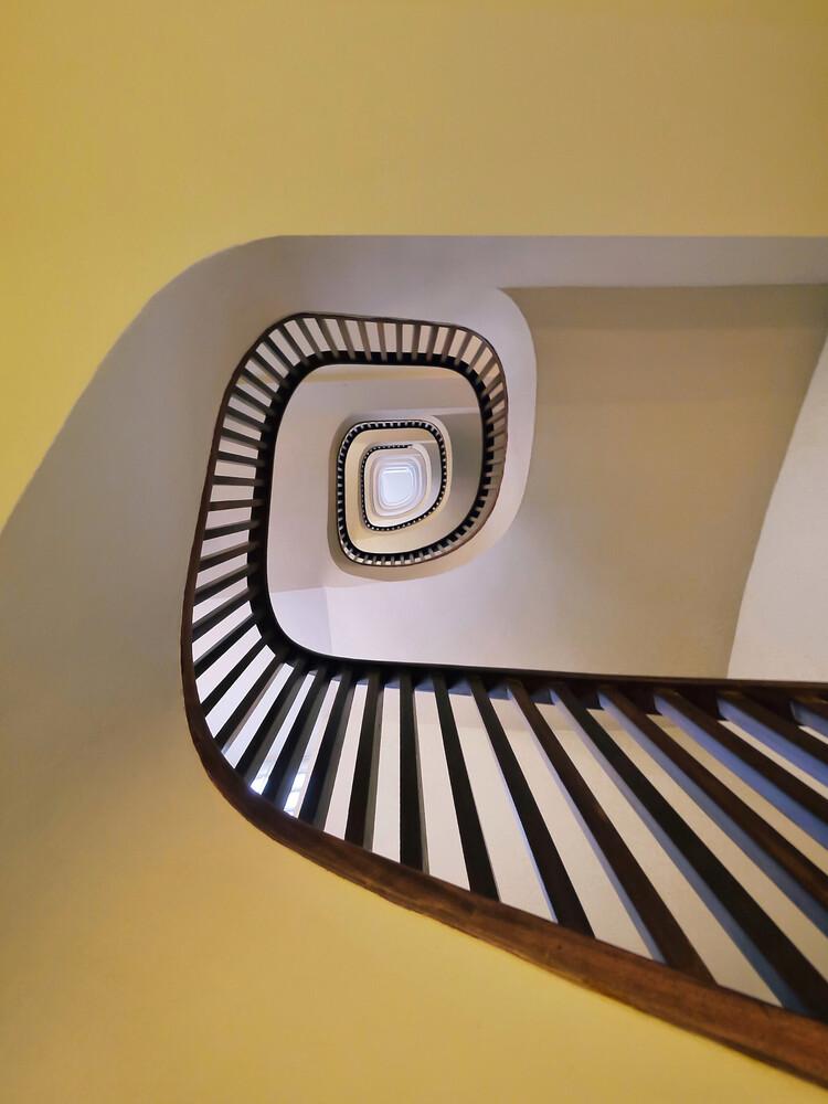 Spiral in yellow - fotokunst von Roc Isern