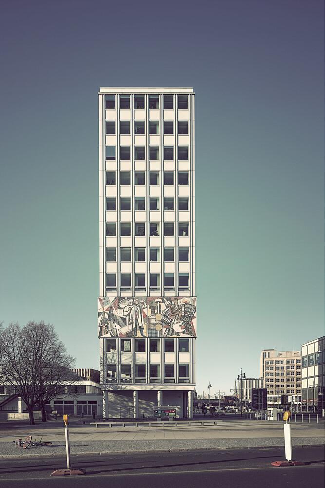 Berlin 2020 No. 2 - fotokunst von Michael Belhadi