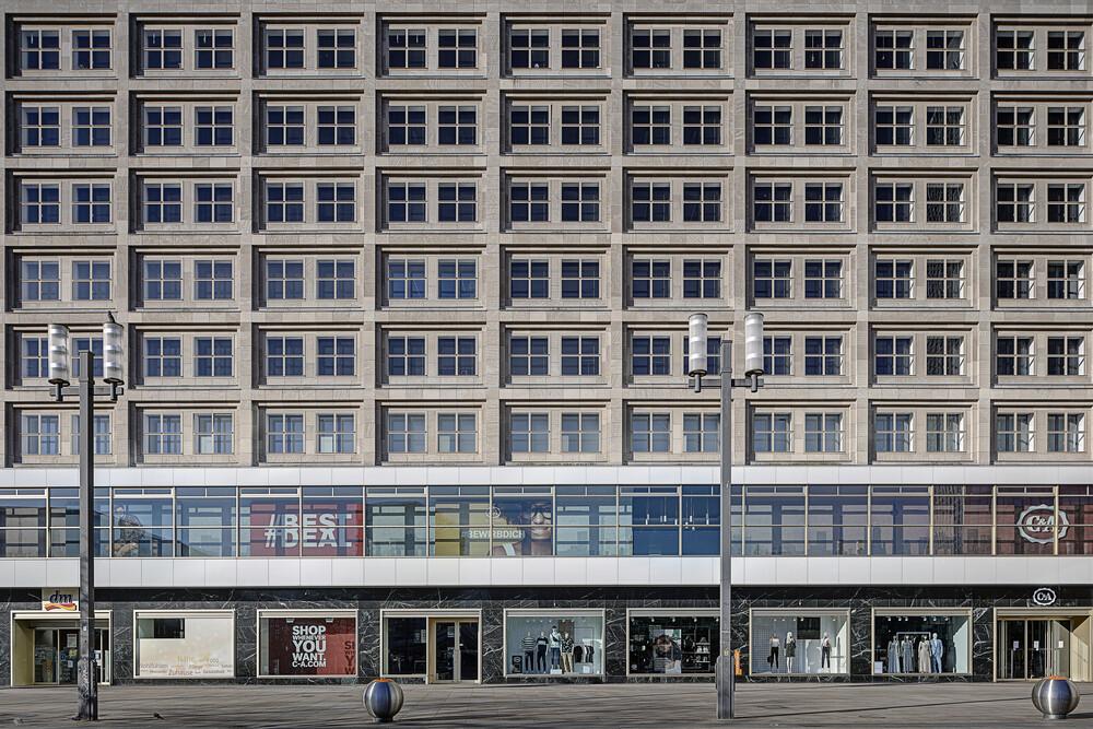 Berlin 2020 No. 3 - fotokunst von Michael Belhadi