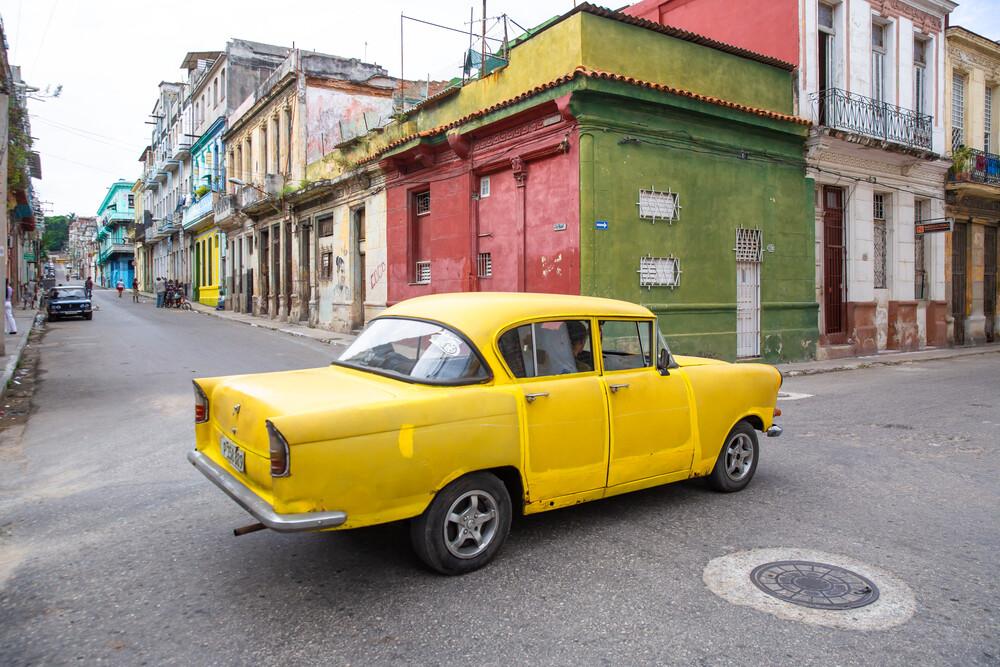 Yellow Car - fotokunst von Miro May