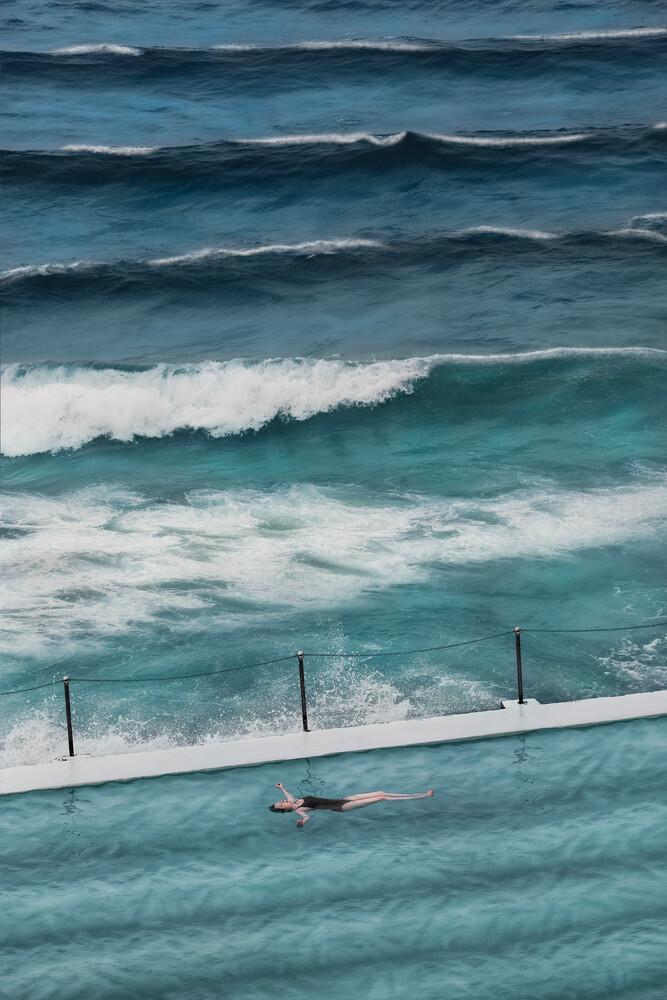 Day Swimmer - fotokunst von AJ Schokora