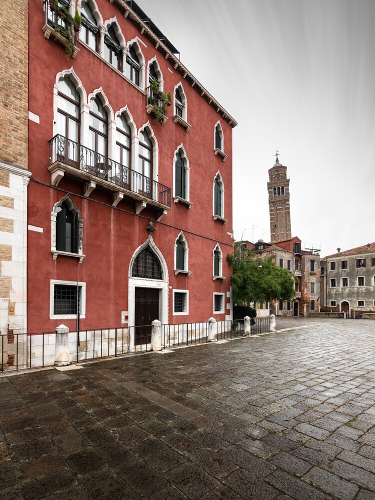Campo Santo Stefano Venedig - Fineart photography by Ronny Behnert