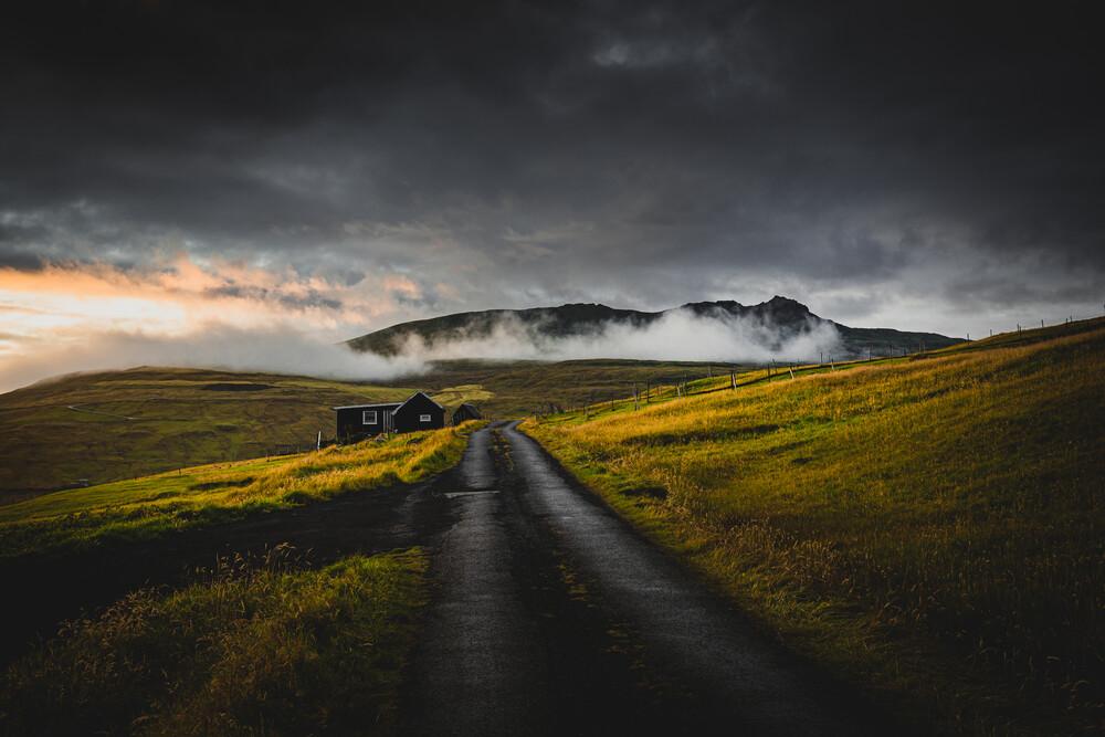 All is loneliness - fotokunst von Eva Stadler