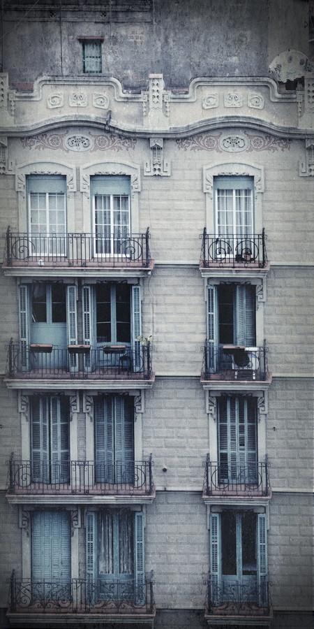Barcelonas Fassaden - Fineart photography by Elvira Stürmer