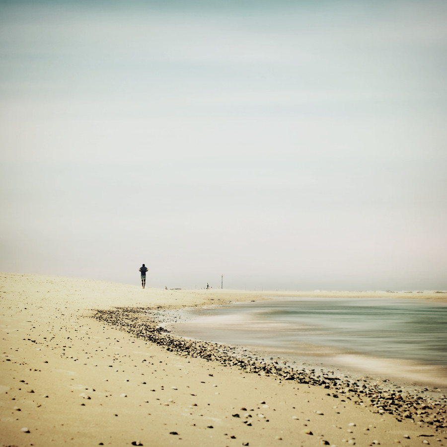strandläufer - Fineart photography by Manuela Deigert