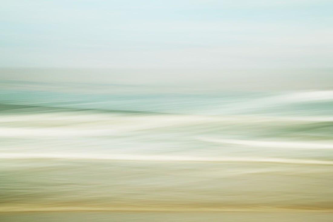 Sea Waves - Fineart photography by Manuela Deigert