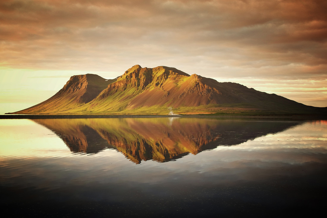 Bjarnarhafnarfjall - Fineart photography by Carsten Meyerdierks