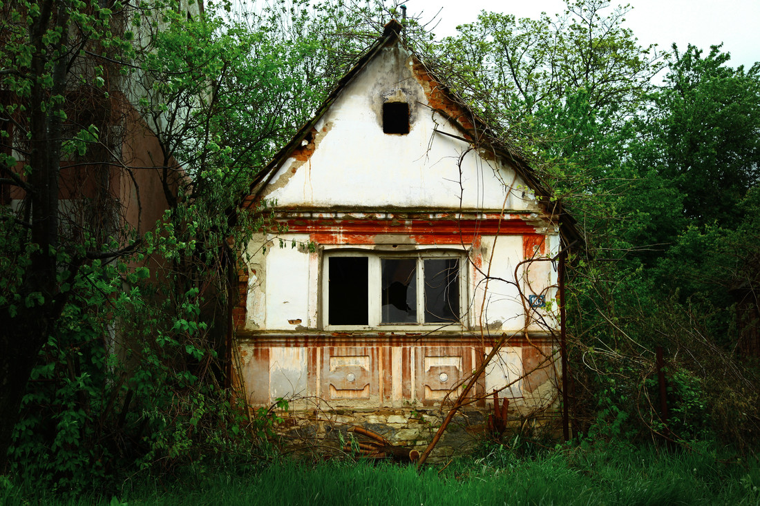 Little house - Fineart photography by Gloria Jansen