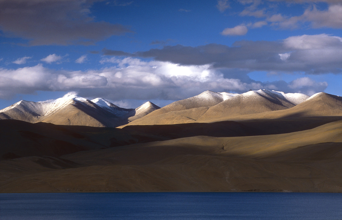 Changtang Plateau - Fineart photography by Martin Seeliger