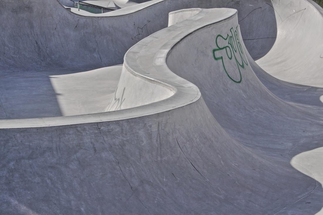 Concrete Waves 5 - Fineart photography by Marc Heiligenstein