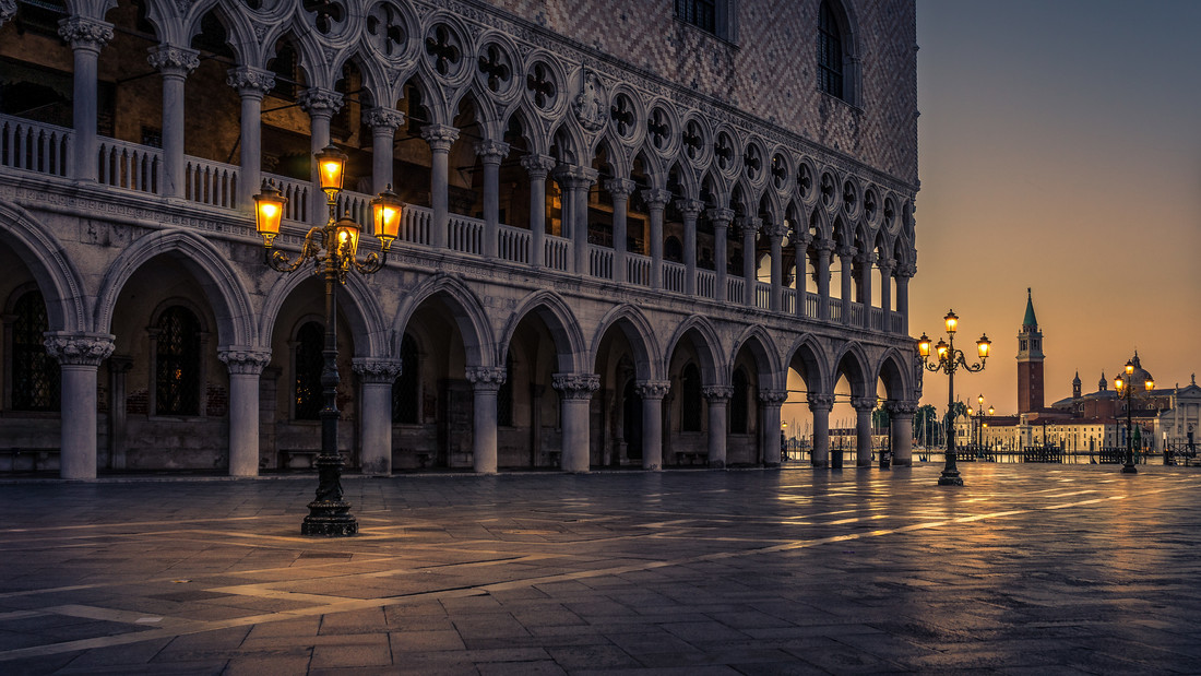 Piazza San Marco - Fineart photography by Tobias Petz
