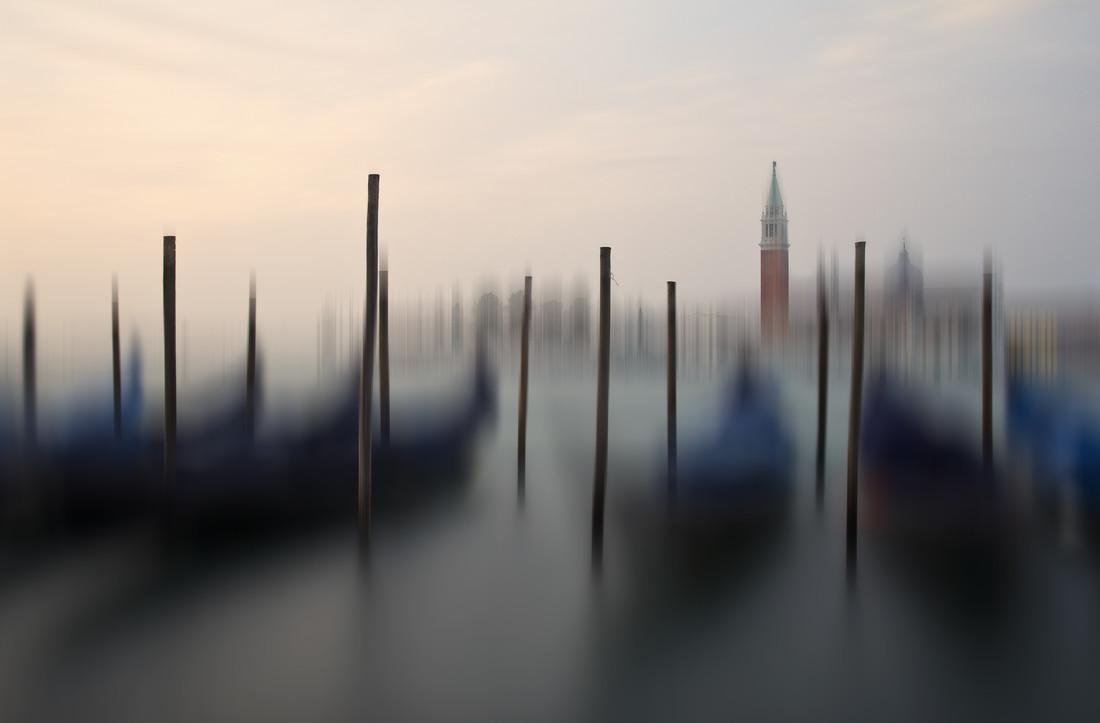 Venice Sunrise - fotokunst von Carsten Meyerdierks