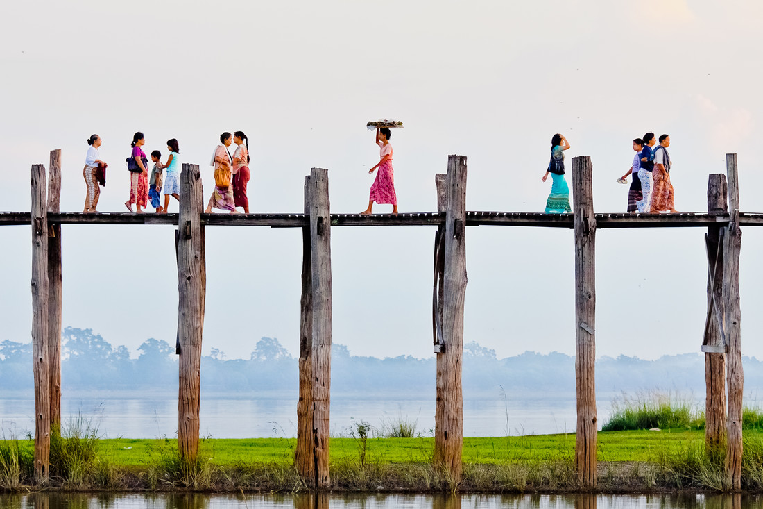 u-Bein Bridge - Fineart photography by Jens Benninghofen