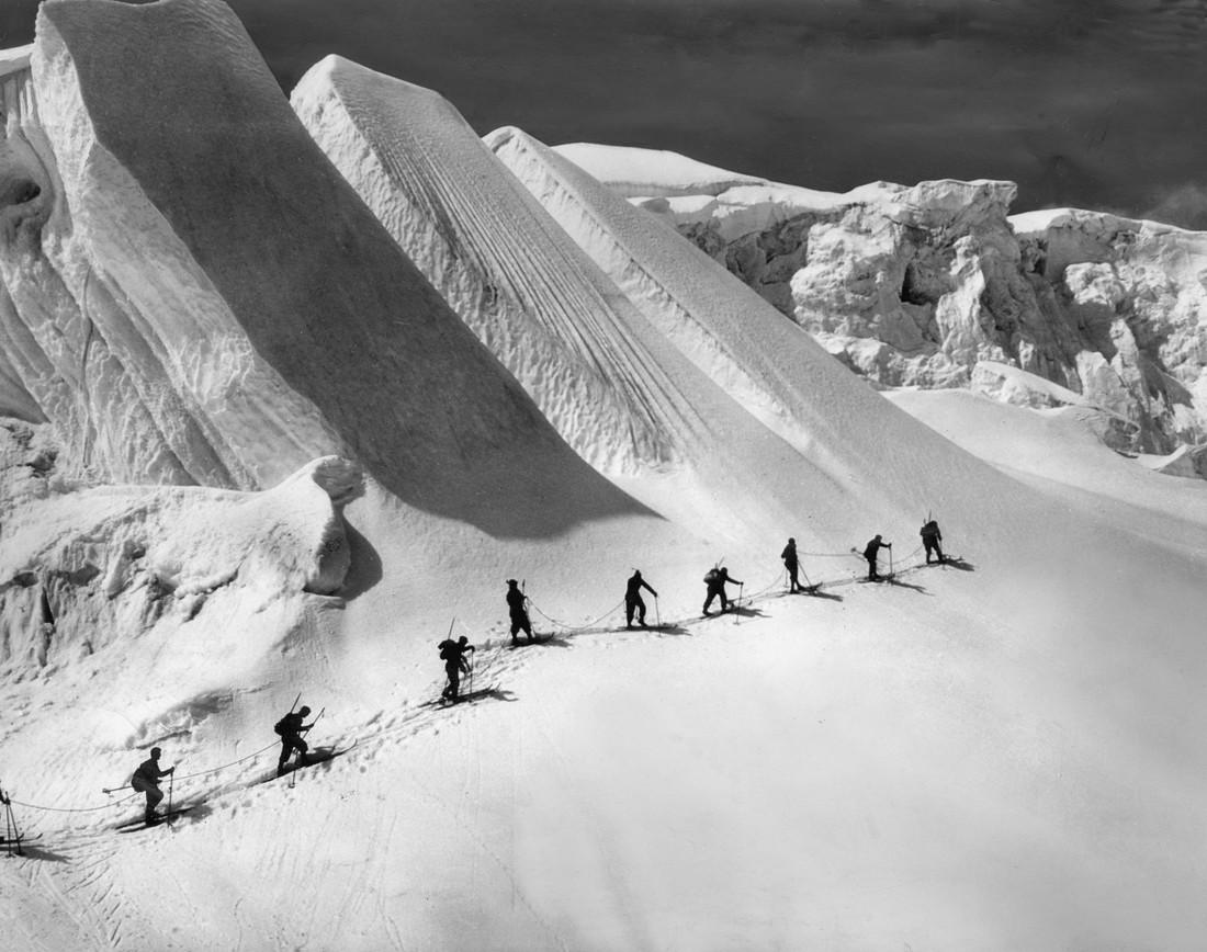 Winterfahrt zum Piz Bernina - Fineart photography by Süddeutsche Zeitung Photo