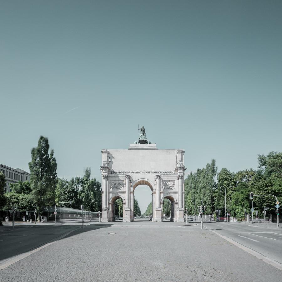 [:] Siegestor 2 [:] - fotokunst von Franz Sussbauer