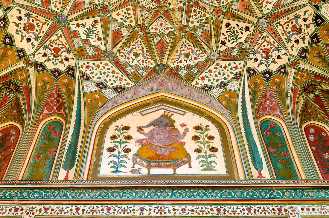 Ganesh Pol – Deckenmalerei des Eingangstores - Fineart photography by Ralf Germer